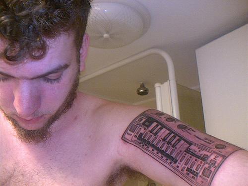 Tattoo tb 303 3